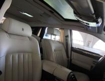 luxury-sedan-interior-1