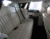 luxury-sedan-interior-2