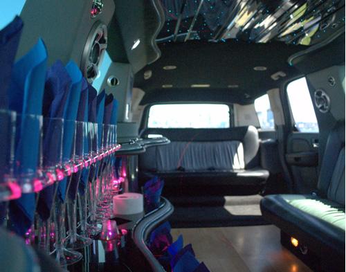 22-pass-escalade-limo-5