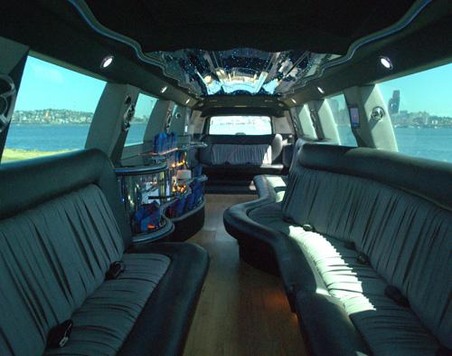 22-pass-escalade-limo-6
