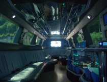22-pass-escalade-limo-3