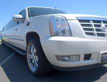 22-pass-escalade-limo-4