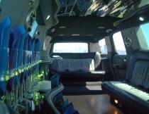 22-pass-escalade-limo-7