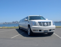 22-pass-escalade-limo-8