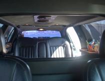 6-pass-lincoln-limo-7